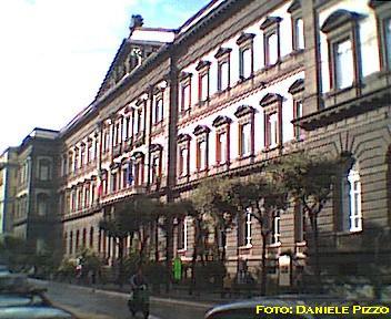 Corso umberto il rettifilo a napoli for Studi di architettura napoli