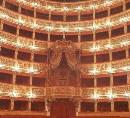 Interno del Real Teatro San Carlo, così intitolato in onore di Carlo I di Borbone